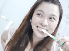 健康な歯ー生元草本牢牙膏、固歯膏~古代も使っていた口腔ケア秘方!歯を清潔に、歯茎を守る